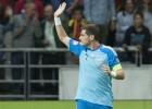 Casillas, titular; Piqué repite en el once y Sergi Roberto debuta