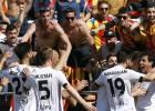 Negredo da por fin una alegría a Mestalla de rebote en el 91'