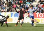 El Almería conquista el Toralín y complica a la Ponferradina