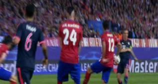 El Bayern reclamó un penalti en el 28' por mano de Augusto