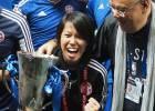 Chan Yuen, primera entrenadora en ganar un título masculino de fútbol