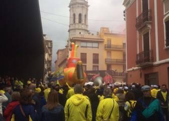 Confraternización de hinchas de Villarreal y Liverpool