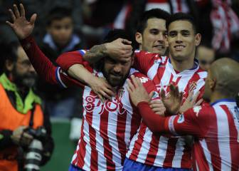 Carmona y Jony sacan del pozo al Sporting y meten al Granada