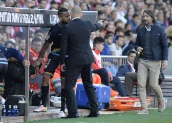 La secuencia de la bronca entre Paco Jémez y Bebé tras el cambio ante el Atlético