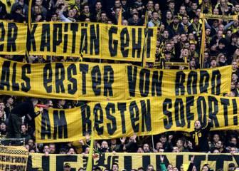 La afición del Dortmund recibe con hostilidad a Hummels
