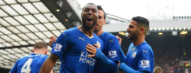 El Leicester empata y logrará la Premier si el Tottenham no gana