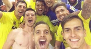Denis Suárez publica un selfie para festejar la clasificación