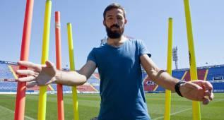 El Málaga puede mandar esta noche a Segunda al Levante