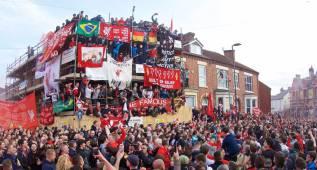 Hinchas del Liverpool 'asustan' al Villarreal y empañan la fiesta