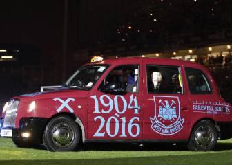 La fiesta del West Ham en su último partido en Boleyn Ground