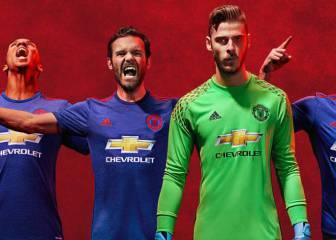 El Manchester United presenta nueva equipación para la próxima temporada