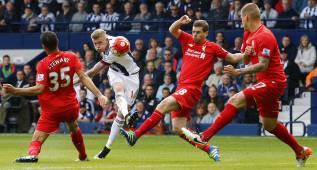 El Liverpool se reserva para el Sevilla y empata con suplentes