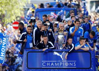 El Leicester celebra el título ante 200.000 aficionados
