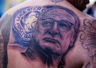 Un hincha del Leicester se tatúa a Ranieri en toda la espalda