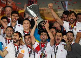 Coke es el alma del vestuario del gran Sevilla tricampeón