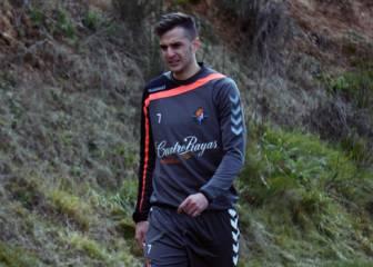 Alberto convoca al canterano Juliá y Villar no viaja por lesión