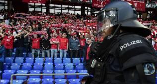 La UEFA abre expediente disciplinario a Liverpool y Sevilla