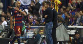 Mascherano fue expulsado por un agarrón claro a Gameiro
