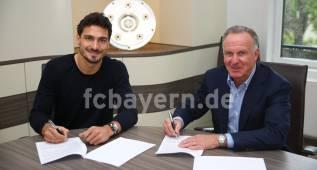 Hummels ya luce oficialmente como jugador del Bayern