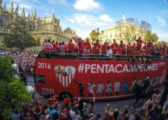 Fin de fiesta del Sevilla en Nervión con recuerdo a Puerta
