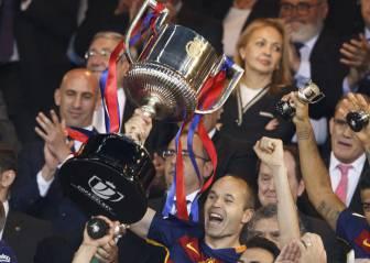 Iniesta, míster MVP de las finales: ya lleva cinco