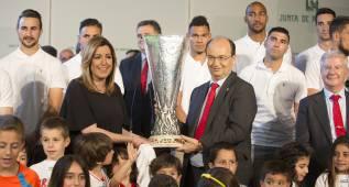 El Sevilla ofrece el título de la Europa League a Andalucía
