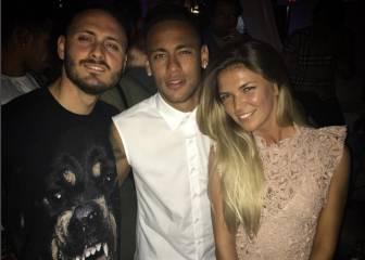 Neymar disfruta de sus vacaciones en Ibiza