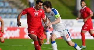 Rosicky guía a la República Checa en la goleada ante Malta
