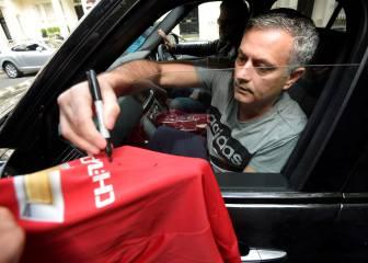 Mou se mete con el Madrid para mostrar su amor al United