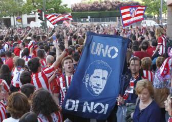 Manifestación en el Calderón: Cholo, quédate