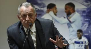 """Aulas no descarta vender a Lacazette al PSG: """"¿Por qué no?"""""""