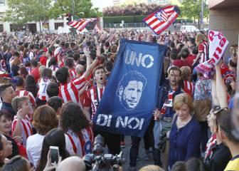 Tres mil atléticos piden en el Calderón que siga Simeone