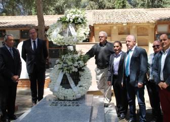 Almansa homenajeó ayer a Santiago Bernabéu