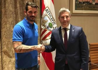 El Athletic renueva a Lekue y Iago Herrerín hasta 2019