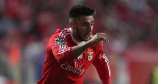 El 'Toto' Salvio renueva con el Benfica hasta el 2019