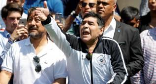 """Maradona: """"Habría que poner una bomba en la FIFA y en la AFA para empezar de cero"""""""