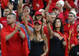 Rumanía busca hoy el pase frente a la heroica Albania
