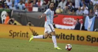 """Higuaín: """"¿Atleti? Sólo estoy pensando en la selección"""""""