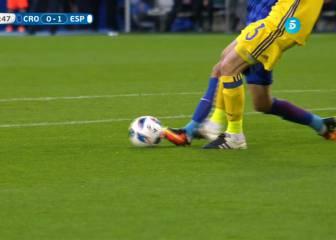 De Gea hizo penalti a Kalinic y Kuipers se inventó uno a Silva