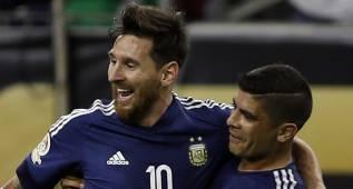 Messi bate el récord histórico de goles con Argentina