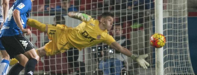 El club confirma el fichaje de Becerra por tres temporadas