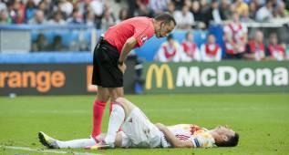 El Athletic descarta que Aduriz padezca una lesión seria