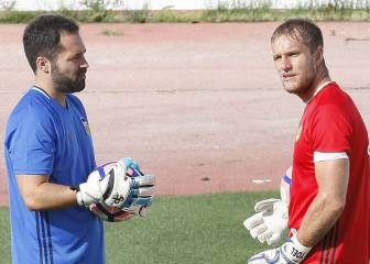 Alves llega para Holanda y Yoel, cerca de recalar en Eibar