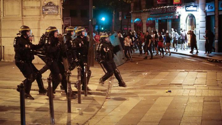 Unos 40 detenidos en París por altercados tras la final