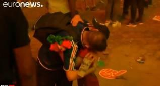 """El niño que abrazó al francés: """"Sólo era un partido"""""""