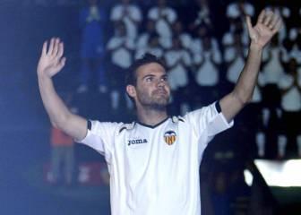 La afición del Valencia pide la vuelta de Mata a Mestalla
