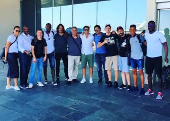 Puyol, Deco y Abidal llegan a Barcelona desde Turquía