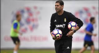 """""""Se está trabajando para traer algún jugador más al Oviedo"""""""