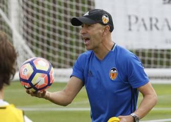 Paliza física de Ayestarán en la primera sesión del Valencia