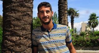 El central Pau Cendrós es nuevo jugador del Mirandés